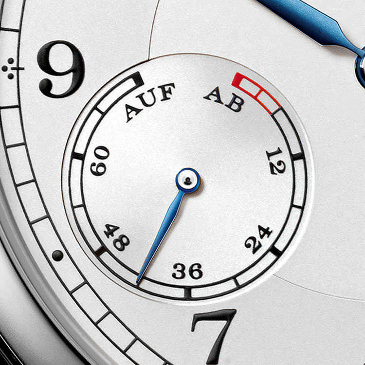 The name of the 1815 UP/DOWN timepiece in white gold refers to the Lange-typical UP/DOWN power-reserve indicator.