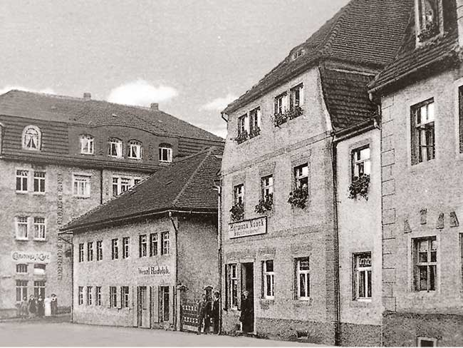 Black-and-white photo of the first A. Lange & Söhne watchmaking atelier.