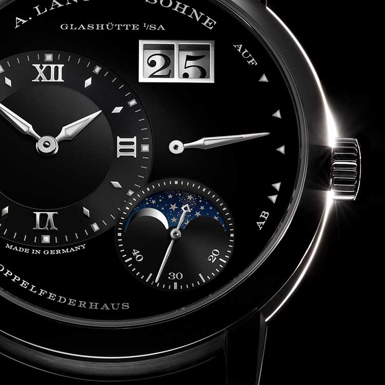 The LANGE 1 MOON PHASE was released in 2016 with its newly developed movement.
