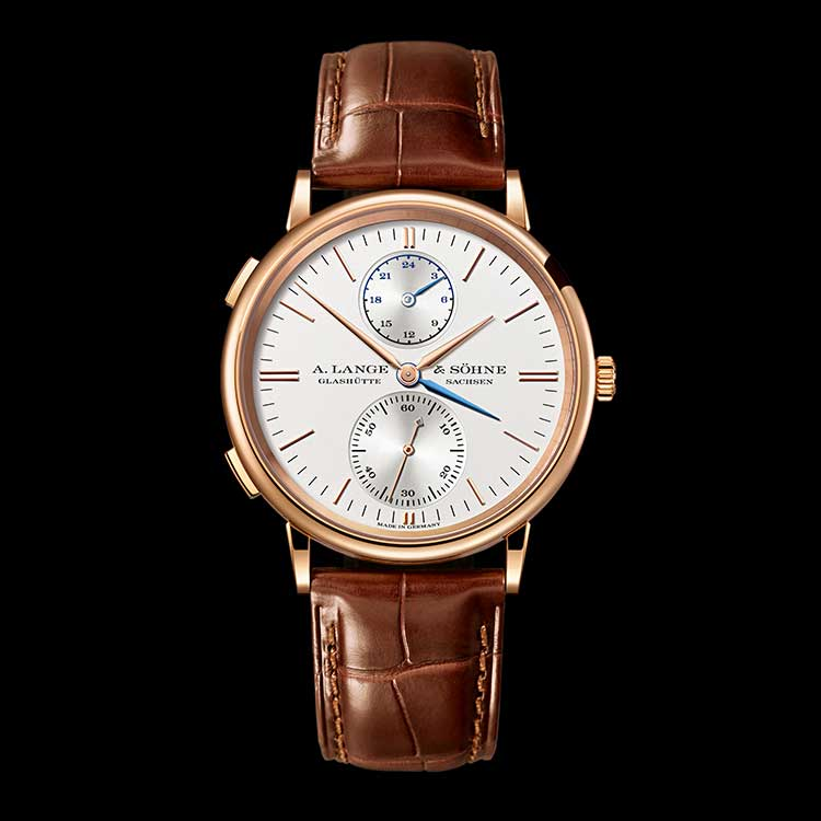 The SAXONIA DUAL TIME is the perfect companion for those who are at home in the wide world.