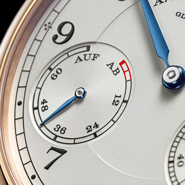 The power reserve indicator of the 1815 UP/DOWN chronograph in pink gold was also a feature of historical pocket watches.
