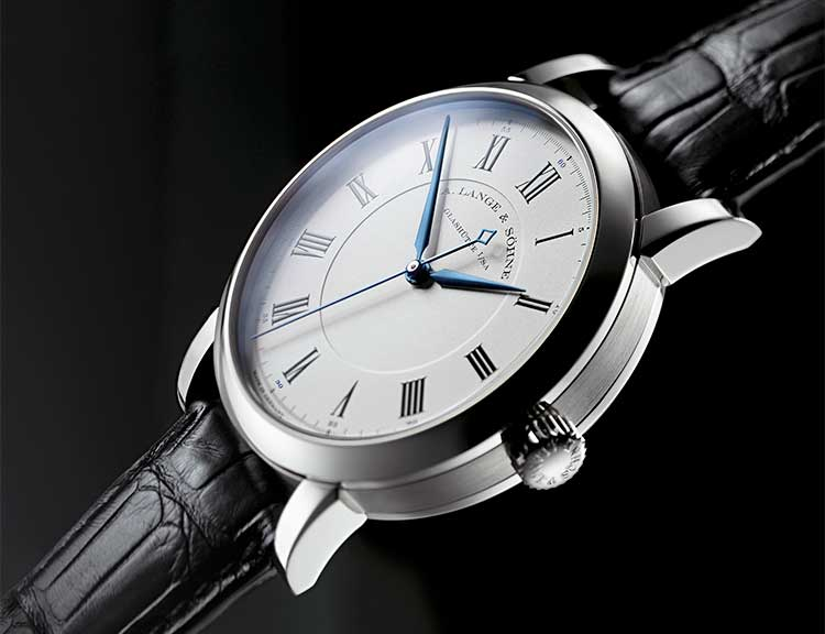 The RICHARD LANGE in white gold builds on the A. Lange & Söhne tradition of academic observation watches