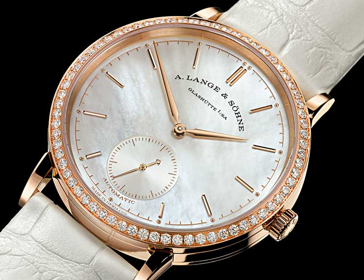 SAXONIA with mother-of-pearl dial, 60 diamonds