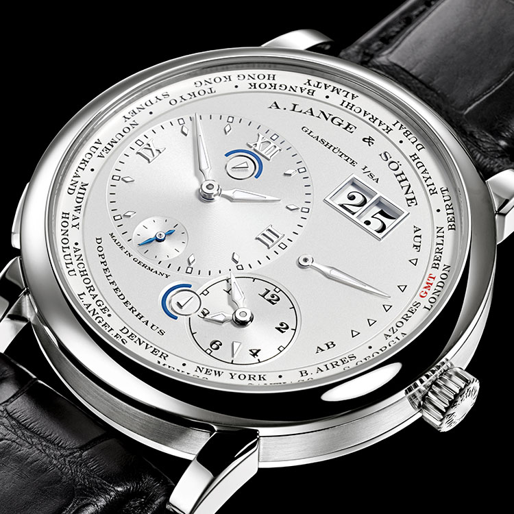 The LANGE 1 TIMEZONE enables you to discern the current time for all of the world's 24 time zones while simultaneously displaying the time at home.