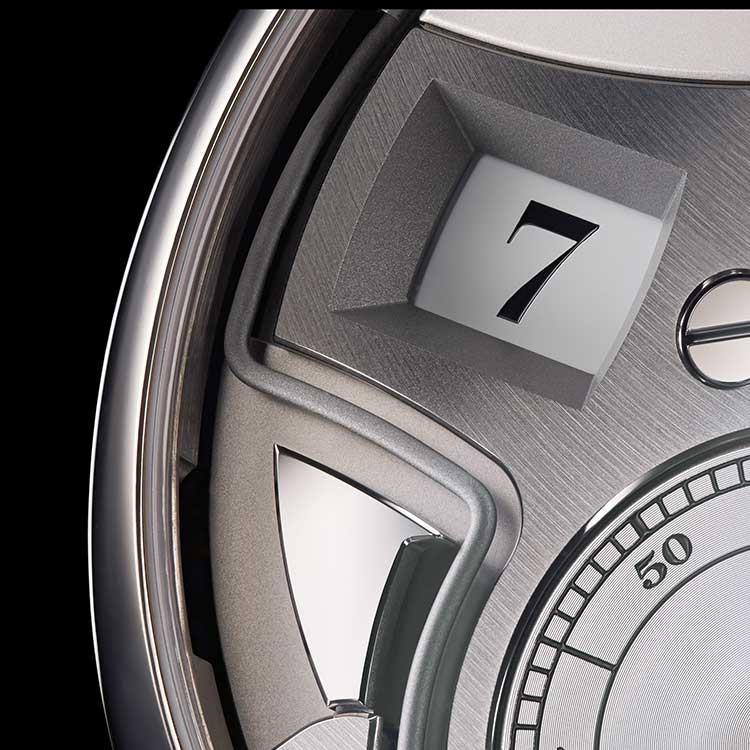 The acoustic time indication of the ZEITWERK MINUTE REPEATER in platinum consists of a low tone on the hour, a double-tone at ten-minute intervals, and a high-pitched tone at minute-long intervals.