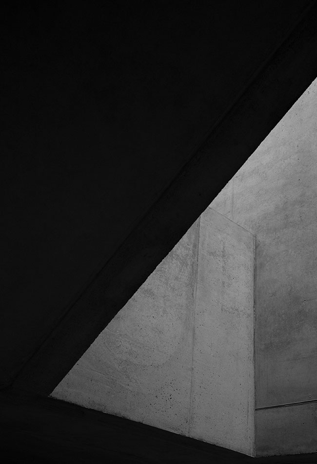 Black and white photography of a modern concrete wall. Clemens Poloczek for A. Lange & Söhne.