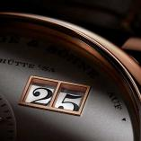 LANGE 1 in pink gold with the outsize date